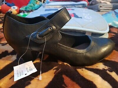 Gorgeous Black Leather Women's Shoes. UK 6.5 EU 40 Heel. Comfortable And Soft. • 12£