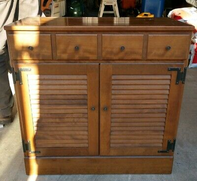 Ethan Allen Shutter Door Nutmeg Maple Cabinet, Vintage Solid Maple And  Birch U2022 200.00$