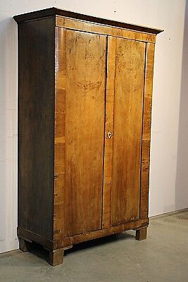 AU1795 • Buy Antique Blonde Biedermeier Wardrobe Linen Press Highly Figurative Walnut 1835