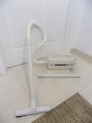Oreck XL BB280-D White Canister Vacuum W Extensions And Hard Floor Head • 44.99$