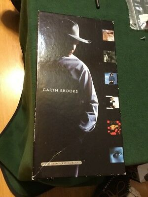 Garth Brooks The Limited Series C.D. Box Set From 1998 Missing One CD • 13.06£