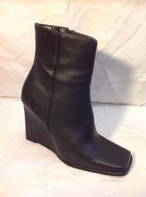 London Rebel Black Ankle Leather Boots Size 5 • 20£