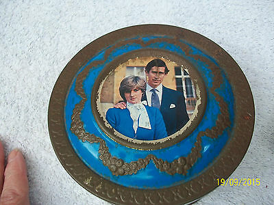 £3 • Buy Charles. & .Diana.Engagement. Sweet. Tin. Poor Condition