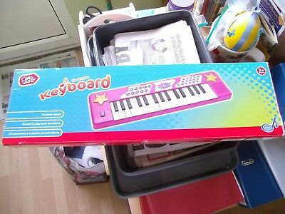 £10 • Buy ( Chad Valley ) Electronic  ( Pink ) Keyboard