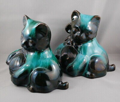 $ CDN22 • Buy Vintage Blue Mountain Pottery Traditional Deep Green Cat W/ Ball Of Yarn Pair