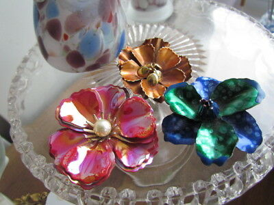 $ CDN24.99 • Buy Vintage LOT Retro Enameled Floral Daisy Pins Brooches Lilac Purple Wearable