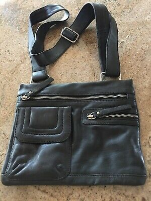 $ CDN33 • Buy Danier Black Leather Crossbody Purse