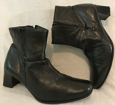 Pavers Black Ankle Leather Lovely Boots Size 7 (5vv) • 26£