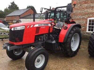Massey Ferguson 4707 Tractor 2 Wheel Drive/ With Rops • 25,200£