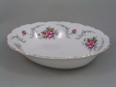 ROYAL ALBERT TRANQUILLITY 9  OVAL VEGETABLE DISH, 2nd. • 24.99£