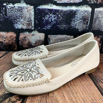 Talbots White Leather Dressy Moccasin Flats Sequin Snowflake Size 5.5 • 27.99$