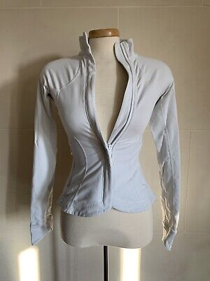 $ CDN49.99 • Buy Lululemon White Long Sleeve Zip Up Top Sweater Jacket Size 4 Pleated Back