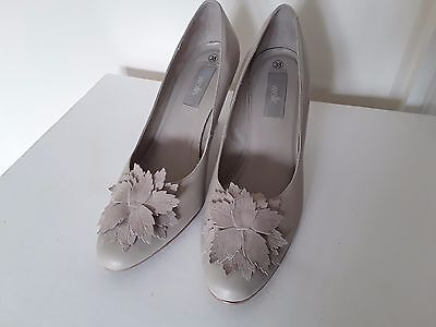 £7.99 • Buy  Wallis Shoes Size 38 With Detail Front ,worn Twice So Excellent  Size 5