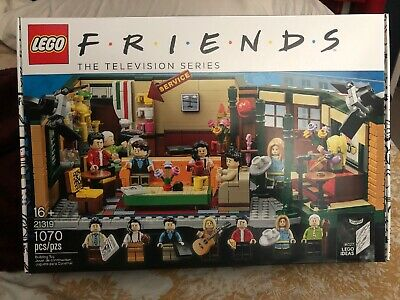 Lego Friends Central Perk Cafe Ideas Set 21319 Factory Sealed IN HAND. • 61$