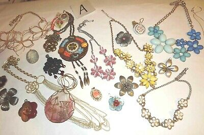 $ CDN67.89 • Buy Huge Lot A Of Flowers Jewelry Necklaces & Pendants *lqqk*