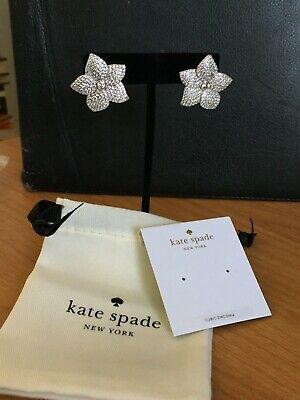 $ CDN79.11 • Buy NWT Kate Spade Blooming Flower Pave Stud Earrings In Clear / Silver MSRP $98