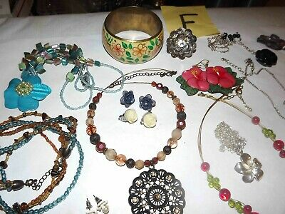 $ CDN67.89 • Buy Huge Lot F Of Flowers Jewelry Necklaces, Earrings,  & More *lqqk*