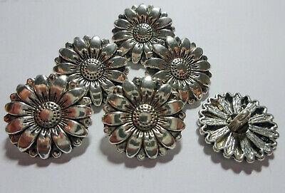 £2.25 • Buy 6 X Silver Colour METAL Sunflower Shape Shank Buttons Approx. 18mm Wide (B170)