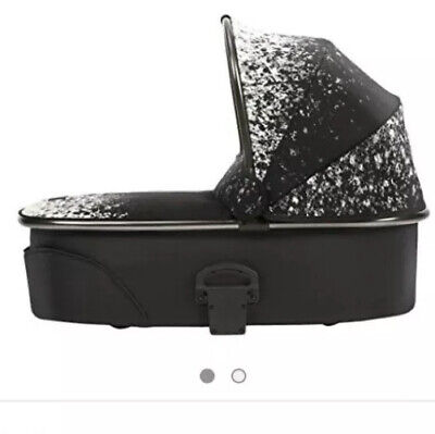 £150 • Buy MAMAS & PAPAS CARRYCOT (Fits On Sola/URBO/zoom/glide/Aubrey/pixo) - OMBRÉ PEWTER