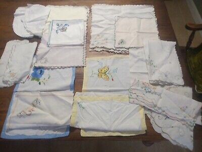 Job Lot Vintage Napkins And Placemats.Tea Party, Christmas, Crafts • 10£