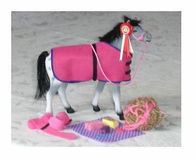 Model Toy Horse With Accessories • 14.50£