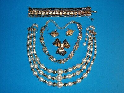 $ CDN13.24 • Buy  Vintage -marked -   Coro  Jewelry - Variety - Lot Of  6