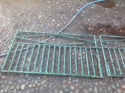 Antique Ornamental Gates Metal With Matching Metal Posts • 27£