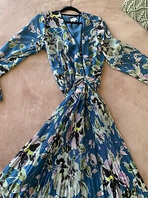 AU30 • Buy Gorgeous Witchery Floral Long Sleeved Wrap Dress 16
