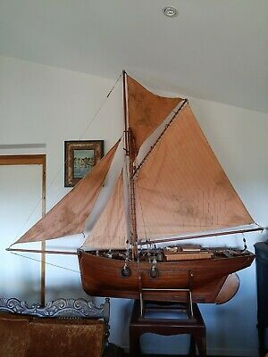 AU24000 • Buy Very Large Pond Yacht Boat Model Superb Museum Quality Louis Heloise