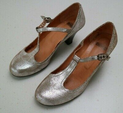 Solea Pewter/silver Buckled Court Shoes - Size 39 - Fair Condition • 7£