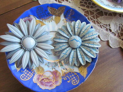 $ CDN24.99 • Buy Vintage LOT Retro Enameled Floral Daisy Pins Brooches Grey Blue Wearable