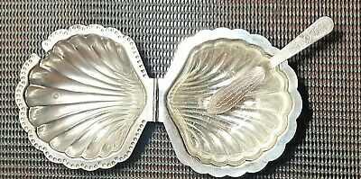 PMC  Vintage Silver Plated CLAM SHELL Butter Dish With Glass Insert & Spreader • 14£
