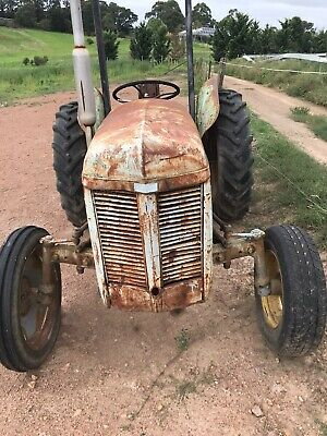 AU1000 • Buy Used Tractors For Sale
