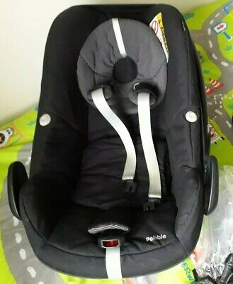 Maxi Cosi Pebble Car Seat. ICandy Adapters • 30£