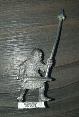 Bretonnia Metal BRETONNIAN MEN AT ARMS COMMAND Standard Bearer • 5£