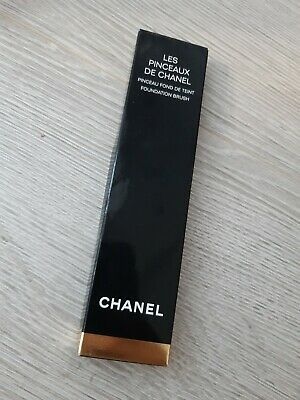 Chanel Les Pinceaux De Chanel Foundation Brush • 36£