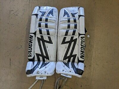 $160 • Buy Vaughn Velocity 7200 30  +1 Hockey Goalie Pads