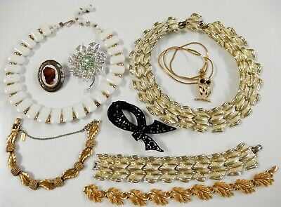 $ CDN6.89 • Buy Vintage Necklaces Brooches Jewelry Lot Some Napier Monet Art