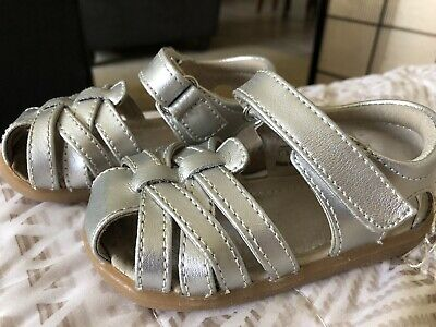 $10 • Buy SEE KAI RUN Toddlers Girls Silver Sandals Size 5.5