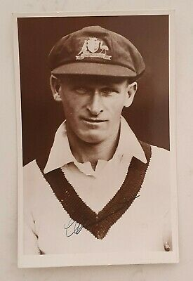 AU388 • Buy Extremely Rare Clarrie Grimmett Cricket Signed In Person Australia Postcard