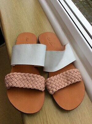 Women Cat Sweet, White And Carol Peach Pink Colour Sandals, Size 41 • 4£