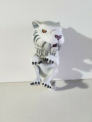 AU24 • Buy Wowee Fingerlings White Sabre Tooth Tiger 40 + Sounds