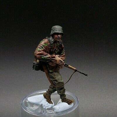 Painted 1/35 Scale Waffen Ss Resin Figure • 25£
