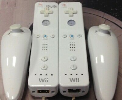 $ CDN83.99 • Buy Lot Of 2 Genuine White Nintendo Wii Remote Controllers RVL-003 Test W Nunchucks