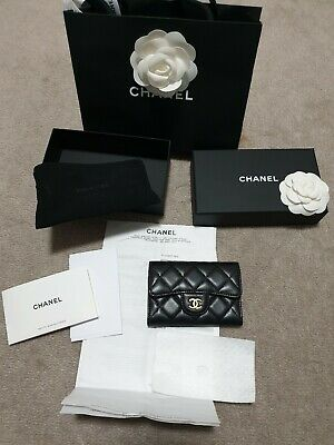 AU899 • Buy Chanel Classic Card Holder (Lambskin) With Gold Hardware