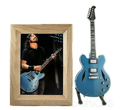 $ CDN38.19 • Buy Miniature Guitar DAVE GROHL With Stand + Photo + Frame 5X7 Foo Fighters