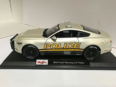 $42.99 • Buy Maisto 2015 Ford Mustang GT Police Car Pearl White 1:18 Exclusive Style  #36203