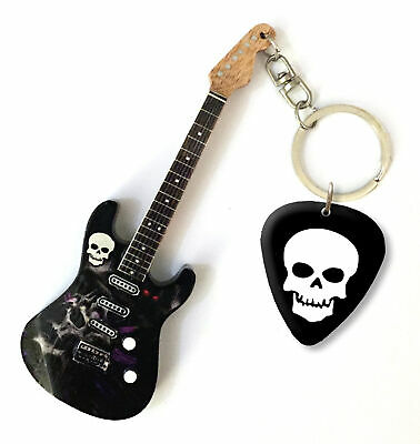 $ CDN11.73 • Buy Skull SK 1 Mini Guitar Keychain & Plectrum - DS