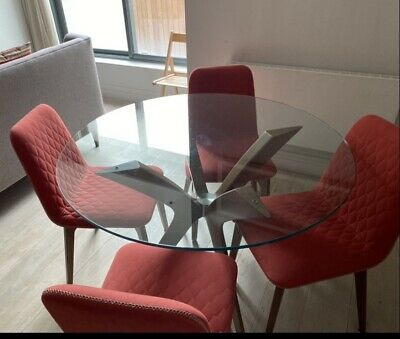 £450 • Buy 4 X Dining Chairs Stylish (Caligaris)