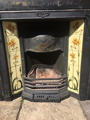 Victorian Style Cast Iron Tiled Fireplace Insert • 60£